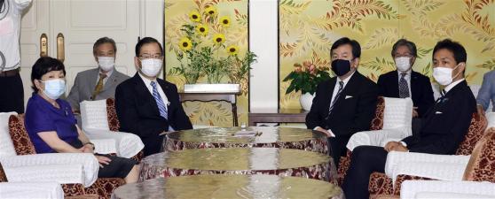 野党、15日に内閣不信任決議案提出 党首会談で一致